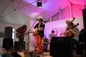 Schleuse live beim Bekassine Labelfest 2014, Badstraße 8. Foto: Anika Maaß